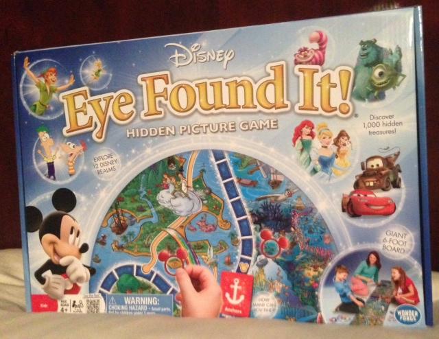 Amazon.com: World of Disney Eye Found It Card Game: Toys ...