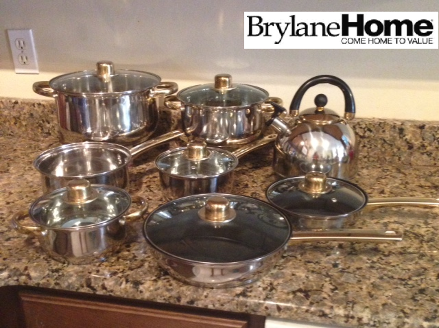 Brylane Home 14 Pc Cookware Set W Goldtone Accents Who