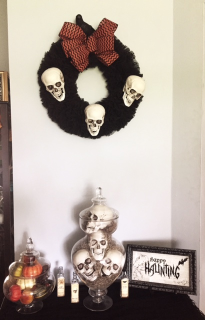 OTC-wreath-skulls